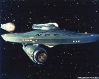 Daar komt 'ie, de USS Enterprise. Woosh