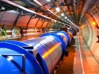 De LHC komt op stoom