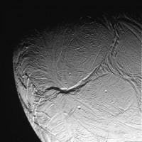 Een ruwe foto van Enceladus