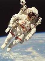 Een ruimtewandelaar
