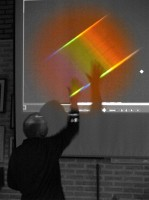 Peter Pulles en een door hem gemaakt spectrum