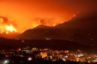 De bosbranden vlakbij het JPL