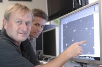 Richard Wainscoat (l.) en Marco Micheli met  </p> <div class=