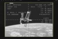 Knap werk van de Sojoez: eerst Shuttle + ISS fotograferen, dan veilig landen