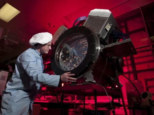 Dit is de 570 megapixel Dark Energy Camera