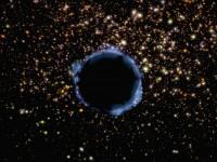 Zwarte gaten kunnen mogelijk toch iets lekken: informatie