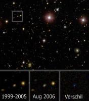 Beelden van de vernietiging van een ster door een zwart gat in de Sloan Digital Sky Survey (credit: SDSS, S. van Velzen). De drie plaatjes zijn een vergroting (1x1 boogminuut), gecentreerd op het melkwegstelsel waarin de vernietiging plaatsvond. Van links naar rechts zien we: het gemiddelde beeld van het melkwegstelsel voor de uitbarsting, de eerste opname tijdens de uitbarsting en het verschil tussen deze twee plaatjes. In het laatste plaatje zien we dat de gloed van de uiteengereten ster fel blauw is; dit is te verklaren door de hoge temperatuur van het gas rond het zwarte gat.