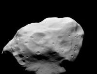 Lutetia blijkt geen gewone planetoïde, maar embryonale planeet