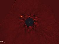 Grote exoplaneet direct gefotografeerd