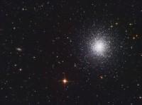 De bolvormige sterrenhoop M13