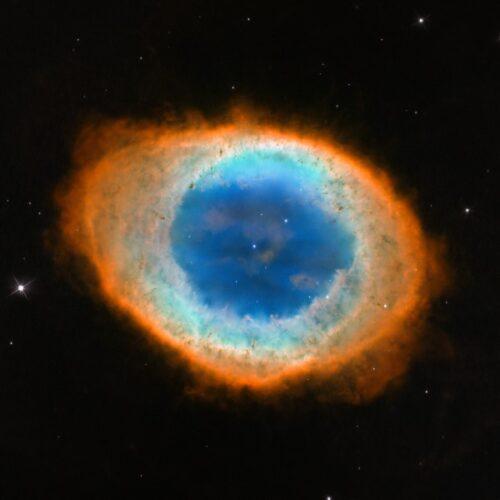 M57 14 Hubble