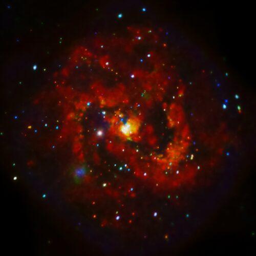 M83 Chandra
