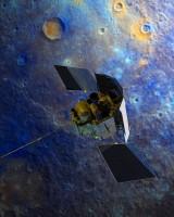 De Messenger sonde, die dit weekend vanaf een baan om Mercurius de aarde gaat fotograferen