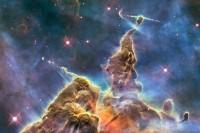 Is materie ontstaan vanuit donkere materie door 'luminogenese'?
