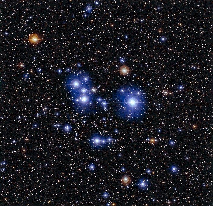De hete blauwe sterren van Messier 47
