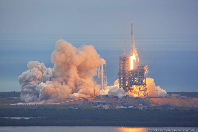 SpaceX' Falcon 9 raket vanaf historisch platform 39A gelanceerd voor CRS-10 missie